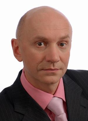 Директор ЗАО «Управляющая жилищная компания «Территория» Дмитрий Сень